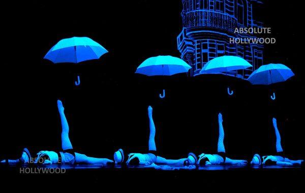 360 Video Fulldome Show Live Theater LED & Laser Black light umbrella dance